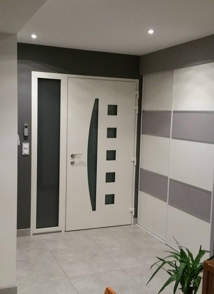porte design blanche